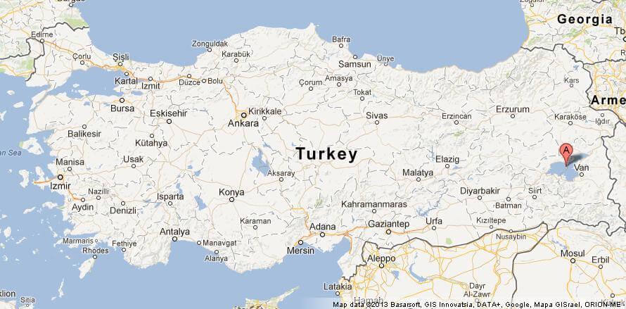 روکیدا | کشف قلعه سه هزار ساله در اعماق دریاچه وان در ترکیه | باستان شناسی