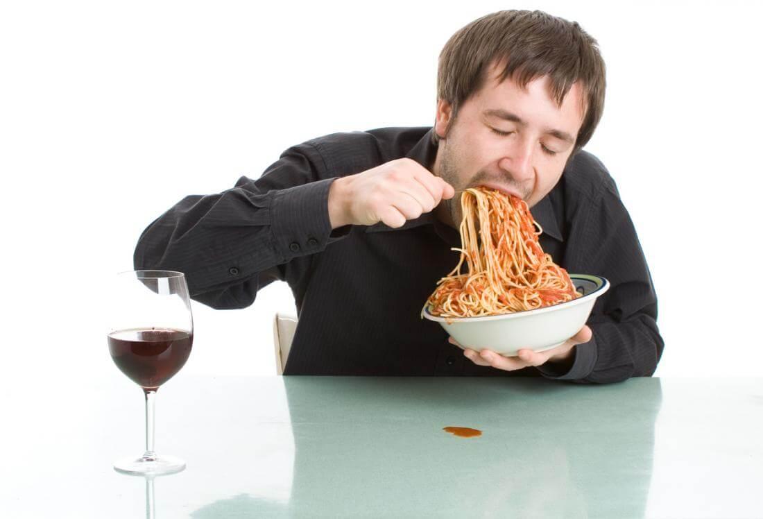 سریع خوردن غذا ابتلا به چاقی، دیابت و بیماری قلبی را افزایش میدهد