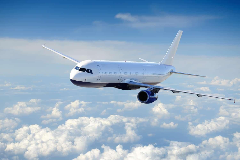 چگونه یک لیزر انداز می تواند باعث سقوط هواپیما شود؟!