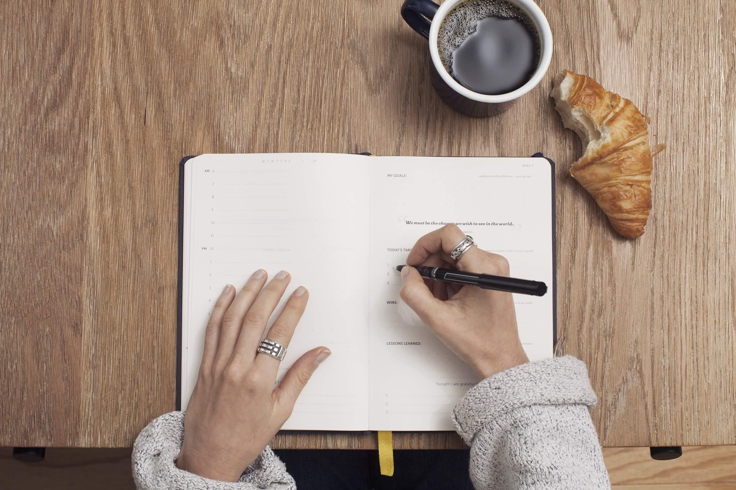 روکیدا - خب، داستان شما چیست؟ 3 راهی که داستانسرایی به تقویت کسبوکار شما کمک میکند - استراتژی بازاریابی, افزایش فروش, بازاریابی اینترنتی, بازاریابی محتوا, زندگی و استارتاپ, مدیریت استارتاپ, مدیریت کسب و کار