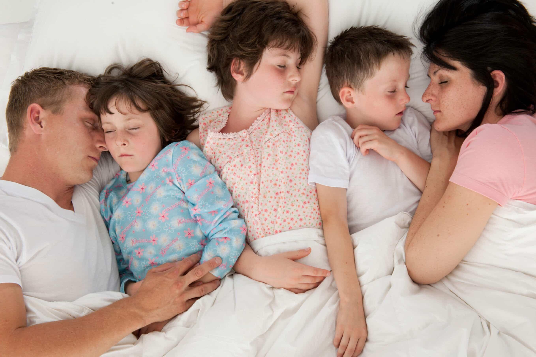 چند ساعت خواب واقعا نیاز داریم؟