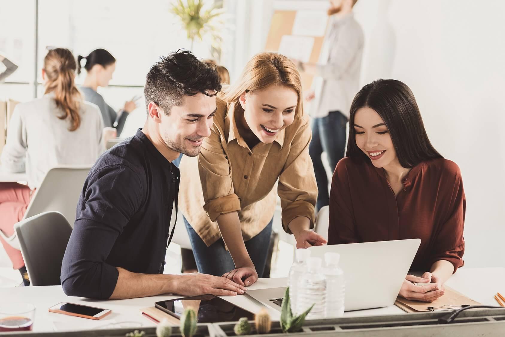 رقابت و پیشرفت در کسب و کار با فناوری های جدید