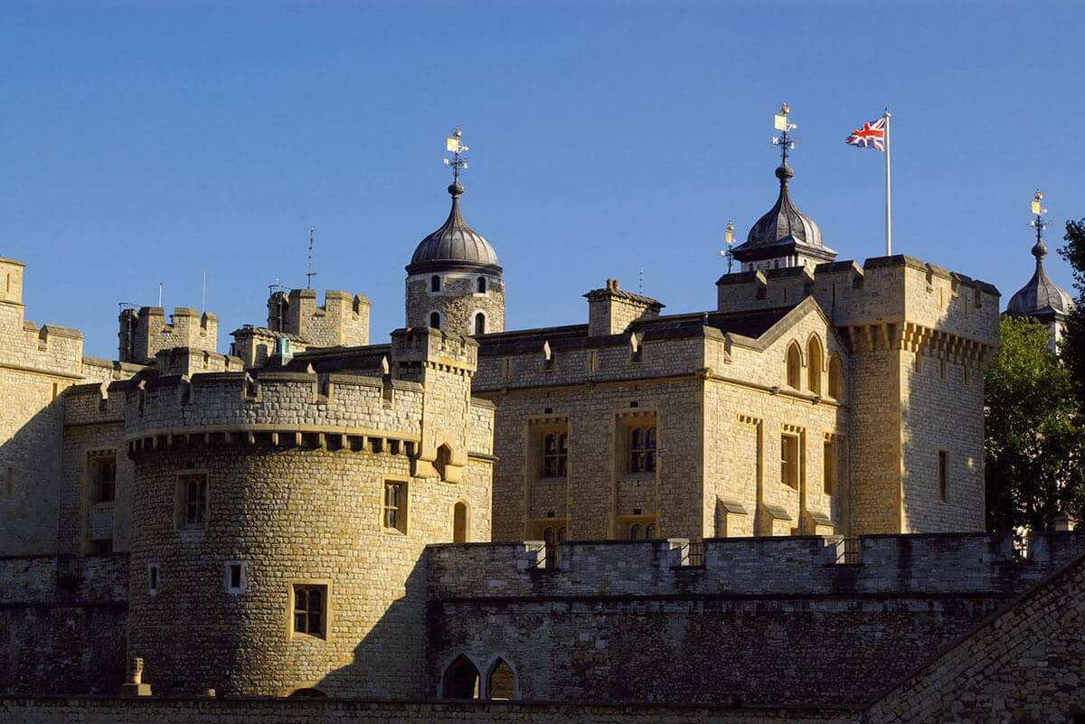 6 Tower of London