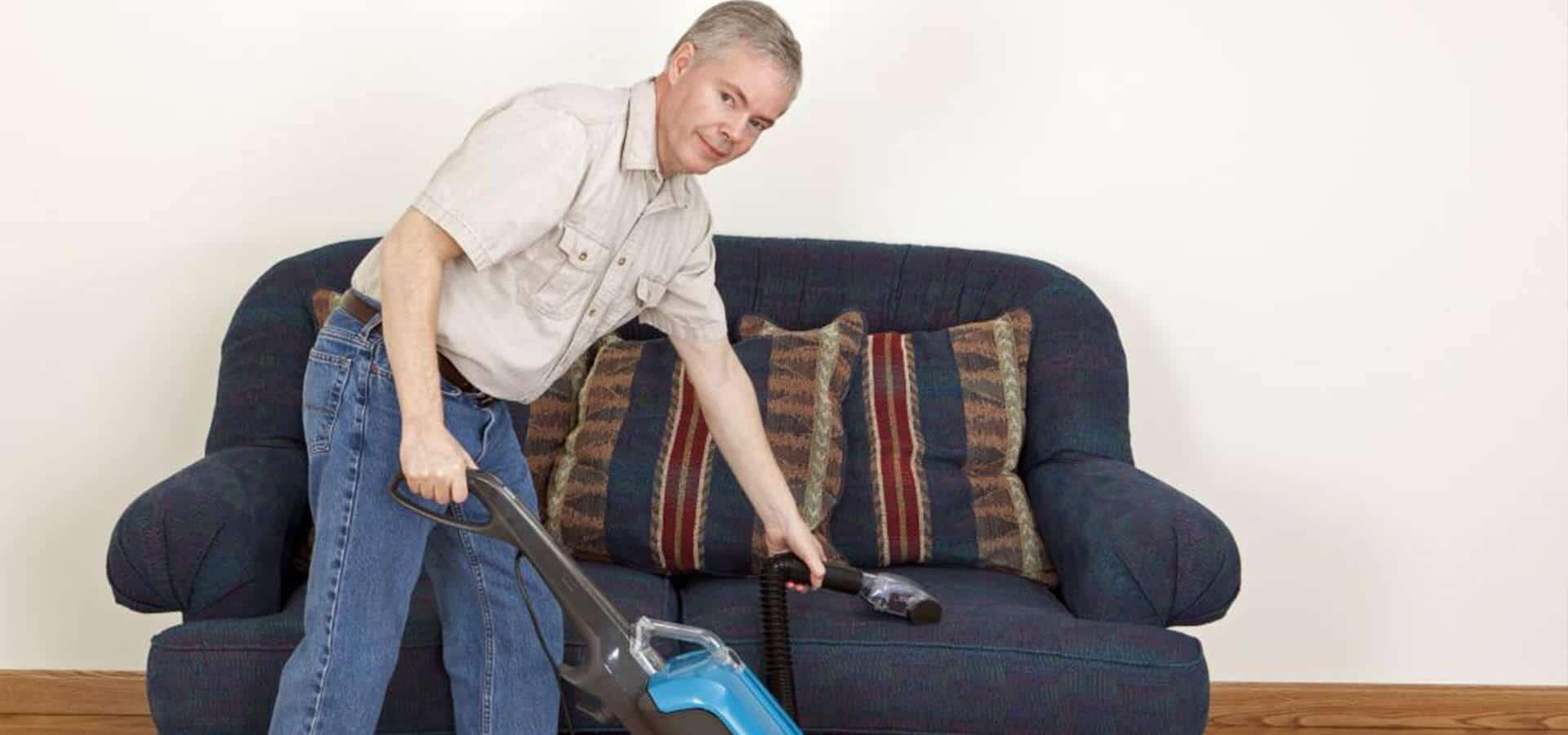 چرا مردان مسن باید بیشتر خانه داری کنند؟