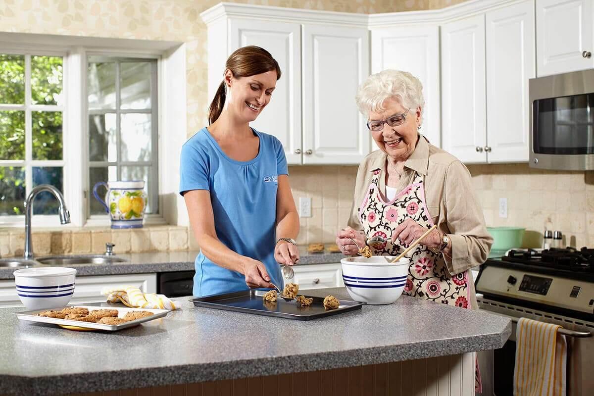 روکیدا | چرا مردان مسن باید بیشتر خانه داری کنند؟ طول عمر بیشتر با کار در خانه! | زندگی سالم, سبک زندگی