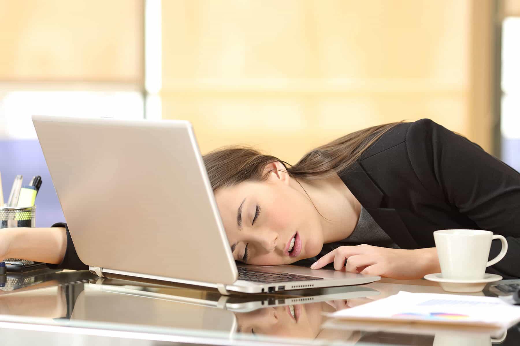 خواب کافی: دلایل علمی برای اینکه چرا باید خواب کافی داشته باشید