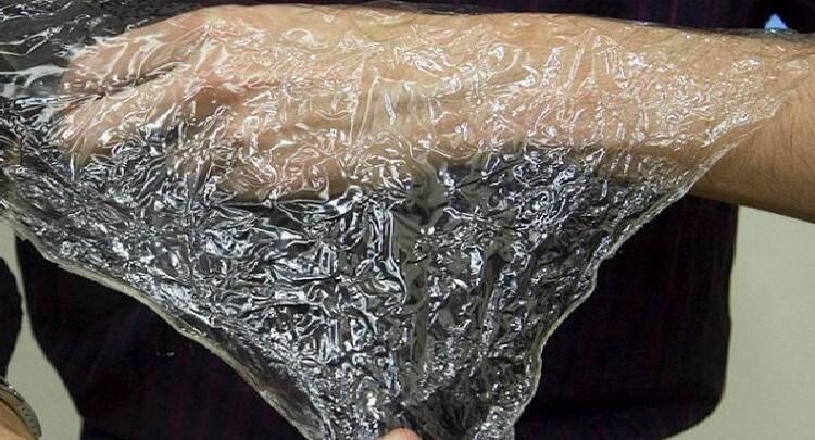 پلاستیک شریلک ساخته شده از مواد پوست میگو که بسیار تجزیه پذیر است.