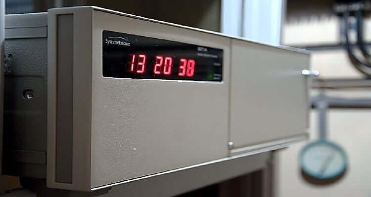ساعتهای اتمی استاندارد زمان