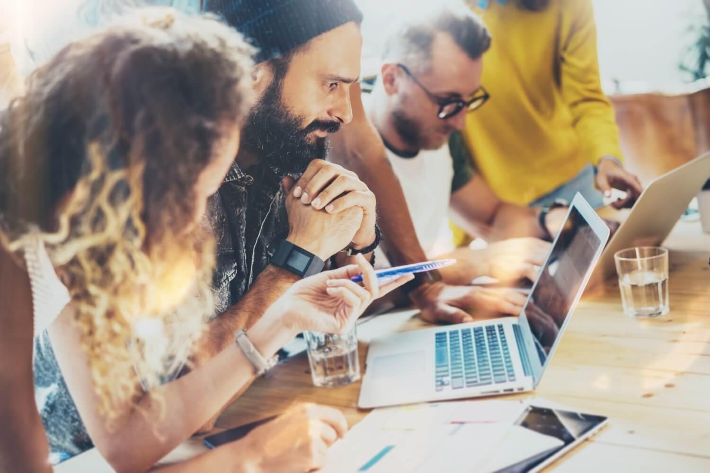 بازاریابی ایمیلی چه شیوه هایی دارد؟ + ده ابزار برتر بازاریابی ایمیلی