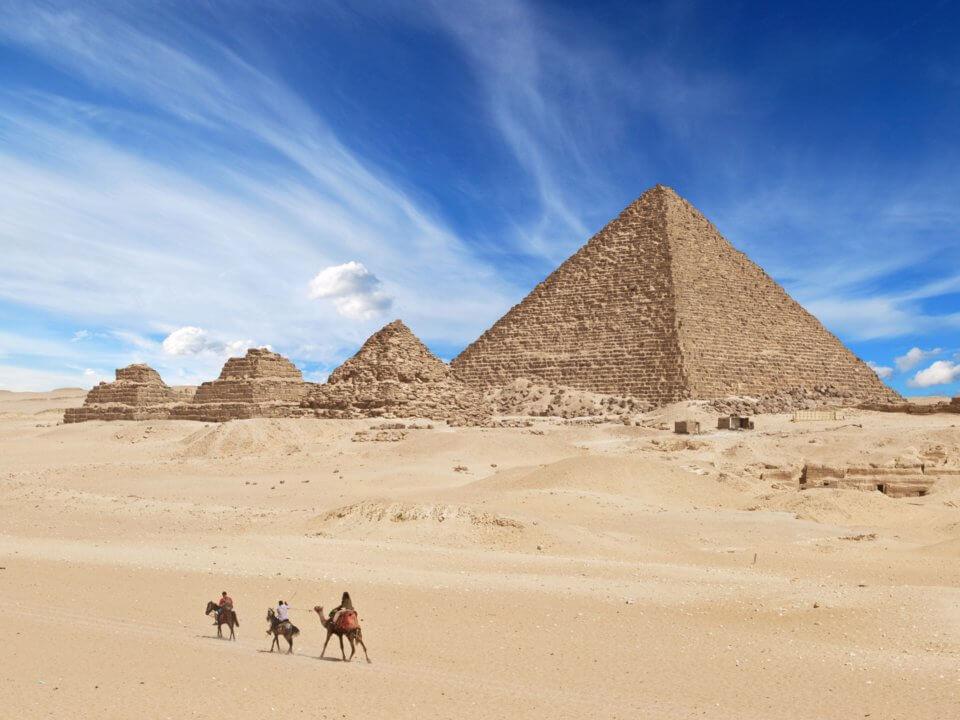 The Pyramids of Giza مجموعه اهرام سهگانه جیزه