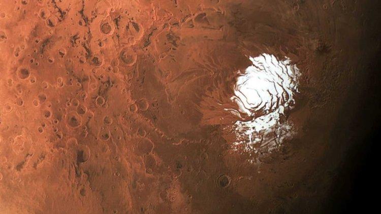چاله-آب-مریخ