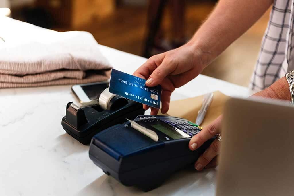 روکیدا - چطور با کارت های هدیه دل مشتریانمان را ببریم؟! - استراتژی بازاریابی, افزایش فروش, توسعه کسب و کار, طرح کسب و کار, فروشگاه اینترنتی, مدل کسب و کار, مدیریت استارتاپ, مدیریت کسب و کار, کسب و کار اینترنتی, کسب و کارهای کوچک