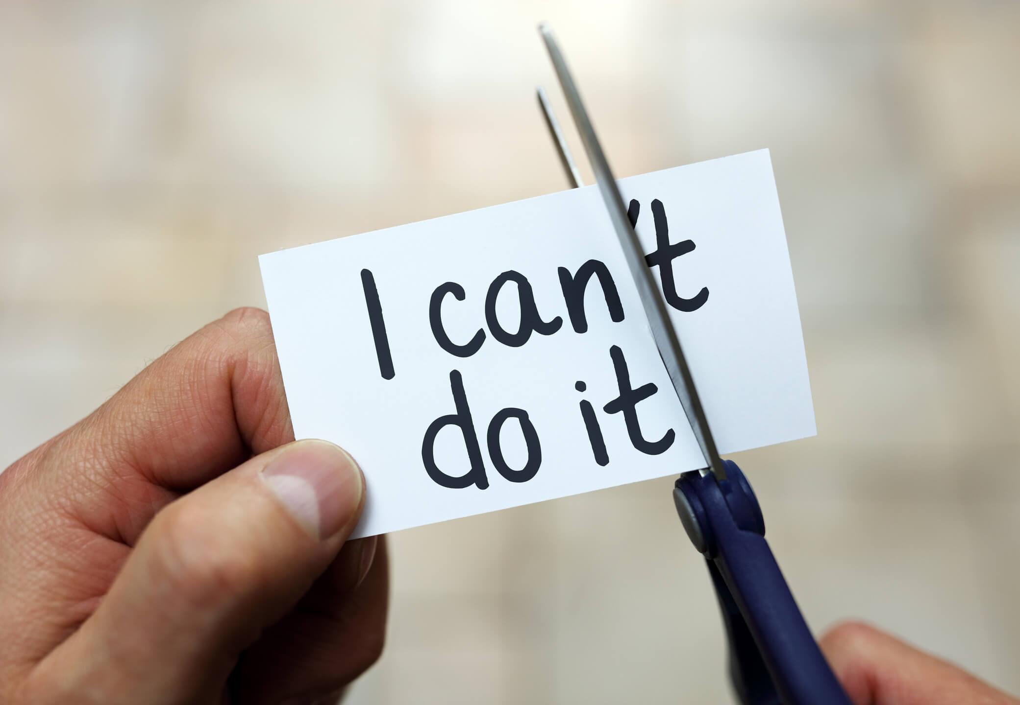 آنچه در مقابل موفقیت است، شکست نیست؛ دستبهکار نشدن است.