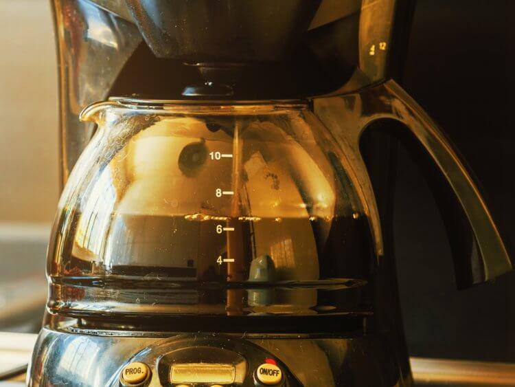 بر خلاف الکل، هیچ دلیلی برای ترک قهوه وجود ندارد