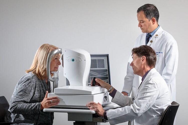 مراقبتهای چشم پزشکی برای جلوگیری از آلزایمر