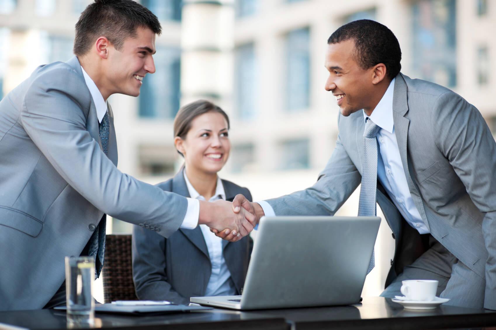 چگونه از کسب و کار B2C به رشد تجارت الکترونیک در B2B برسیم؟