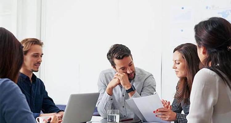 محیط کار - کارمندان - کسب و کار