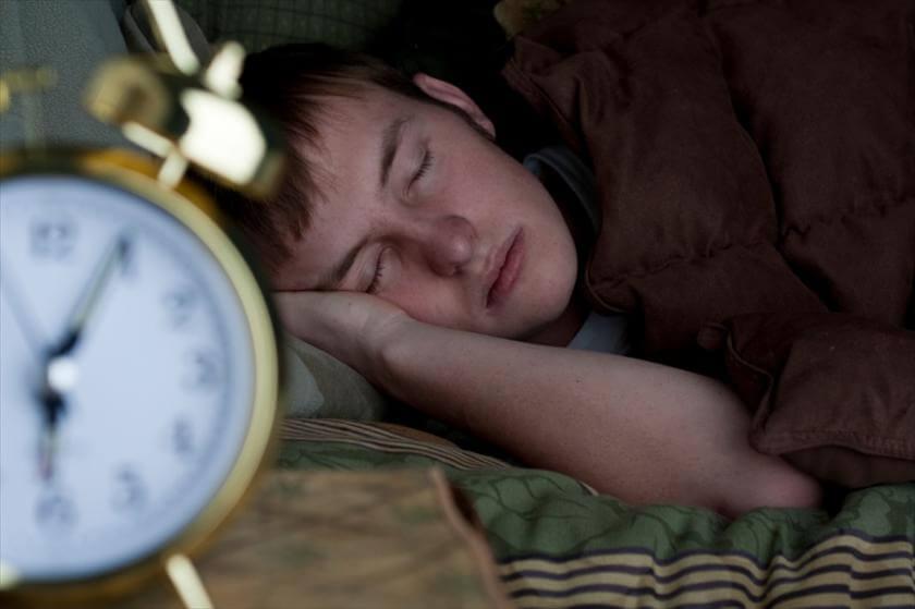 روکیدا - شروع به کار دیرتر مدارس و خواب بیشتر نوجوانان، تمرکزشان را افزایش می دهد! - خواب, زندگی سالم, زندگی و استارتاپ, سبک زندگی, مدیریت استرس, مدیریت زندگی, نوجوانان, پزشکی