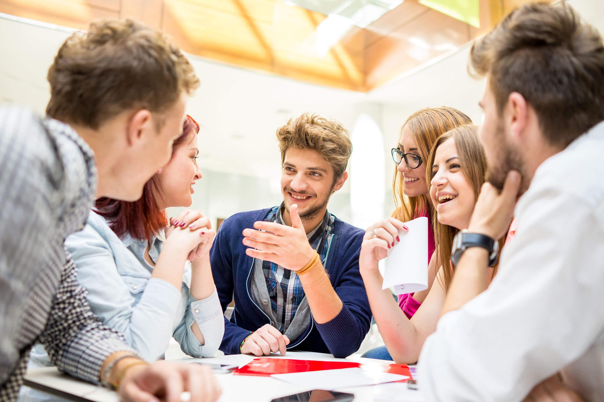 ایجاد استراتژی بازاریابی برای محتوای حرفهای
