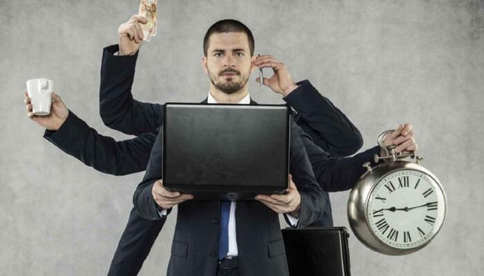 ۳. تعادل و رضایت در مدیریت به سبک بنجامین فرانکلین
