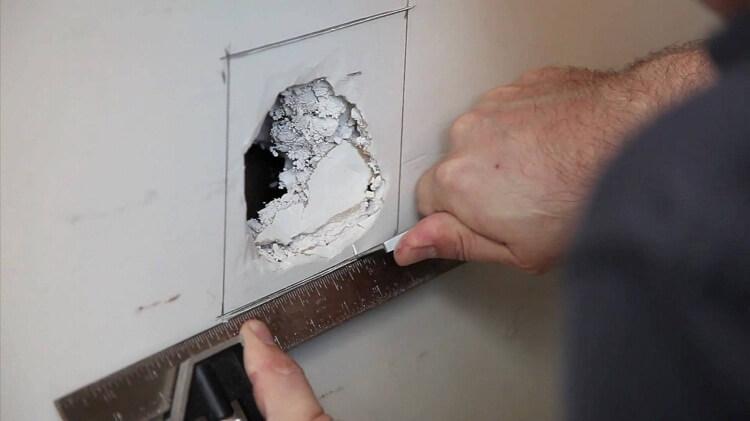 اندازه زدن دیوار کاذب