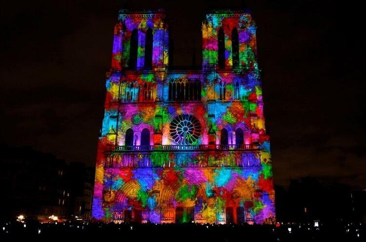 نمایش نور کلیسا