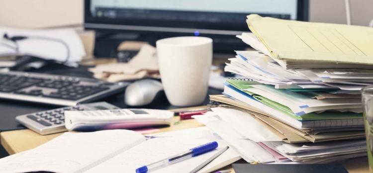 مرتب کردن اسناد و مدارک در زمانی که کار کمتر دارید