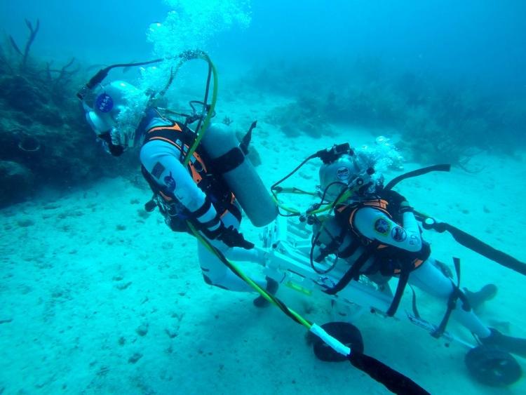 نجات فضانوردان