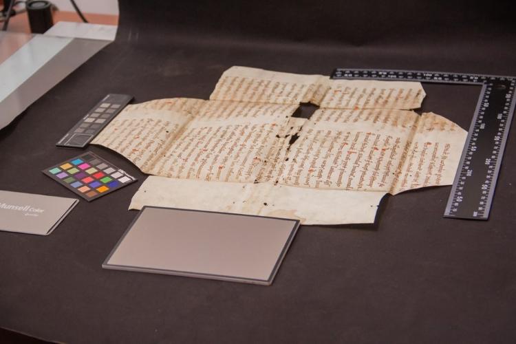 نسخه خطی باستانی