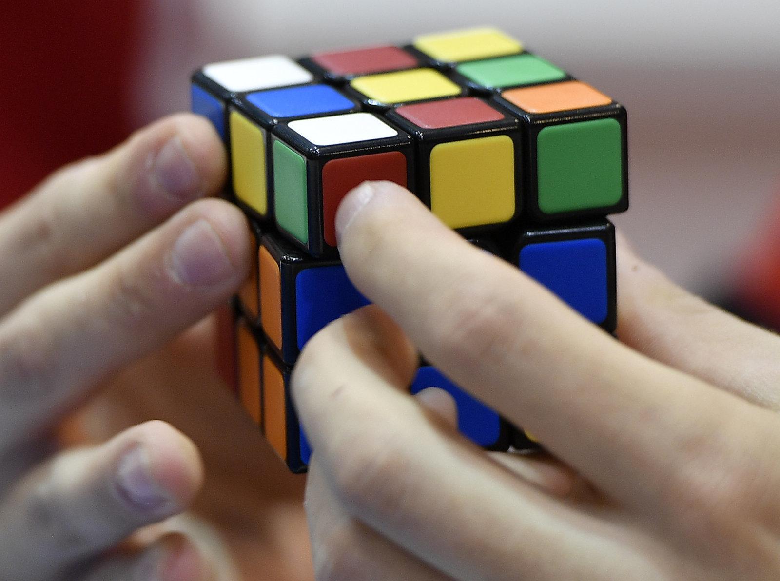 هوش مصنوعی در عرض 1.2 ثانیه مکعب روبیک را حل میکند