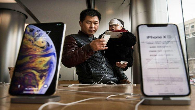 اپل تا انتهای امسال در مورد استفاده از پنلهای اولد شرکت BOE در آیفونهای 2020 تصمیم خواهد گرفت