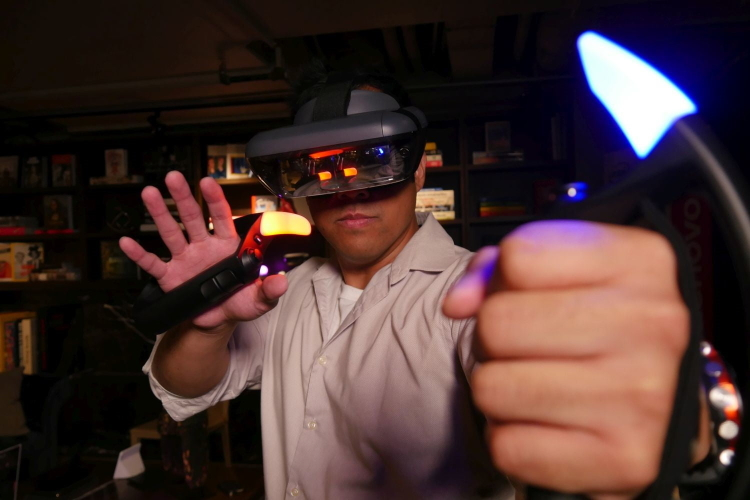 هدست لنوو میراژ اونجرز واقعیت مجازی
