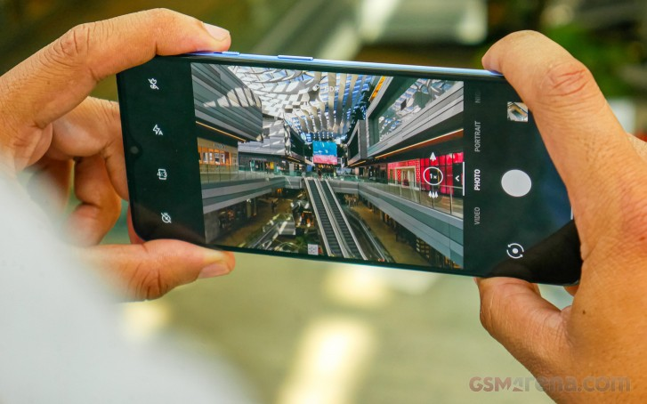 گوشی وانپلاس 7T با یک بهروزرسانی جدید قابلیت فیلمبرداری اسلوموشن را دریافت میکند