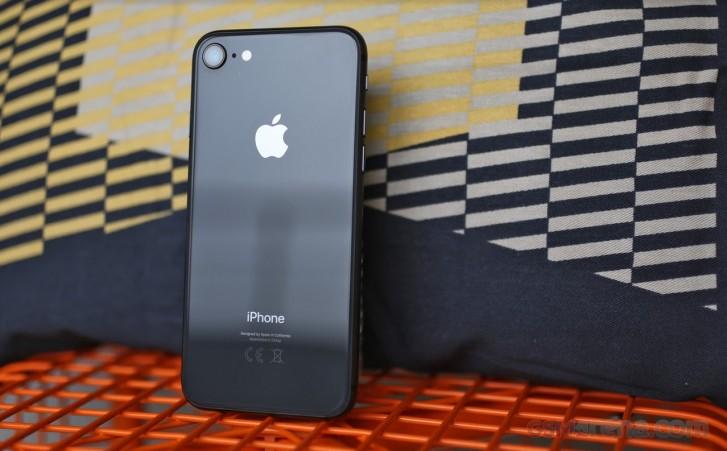 اپل گوشی iPhone SE 2 را با طراحی آیفون 8 و چیپست A13 عرضه خواهد کرد