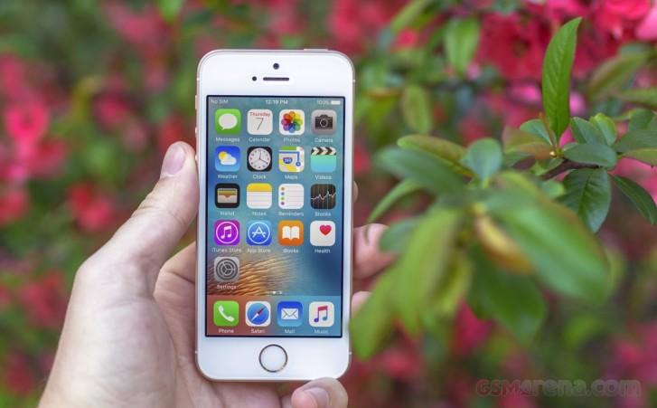 گوشی iPhone SE 2 را با طراحی آیفون 8 و چیپست A13 عرضه خواهد کرد