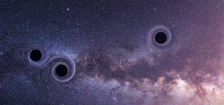 برخورد سه ابر سیاه چاله