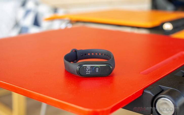 دستبند هوشمند Mi Band 5 شیائومی با پشتیبانی از NFC به بازار بینالمللی میآید