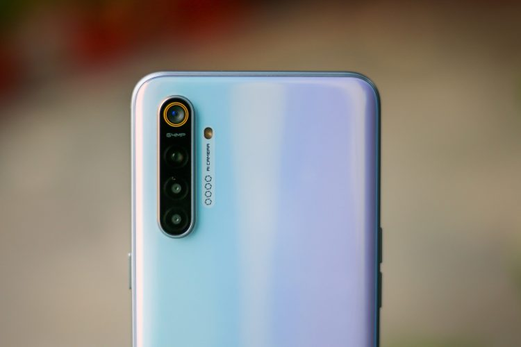 realme XT review pros and cons india 14