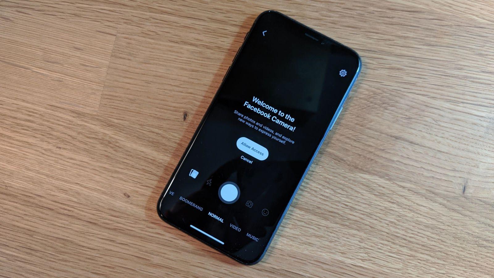 دسترسی اپلیکیشن فیسبوک به دوربین را در iOS متوقف کنید؛ جاسوسی احتمالی فیسبوک