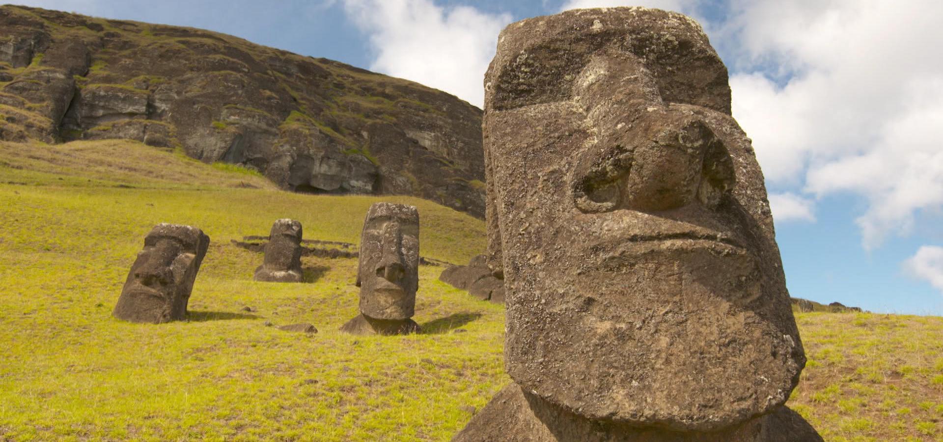 کشف اسرار مجسمههای موآی در جزیره ایستر
