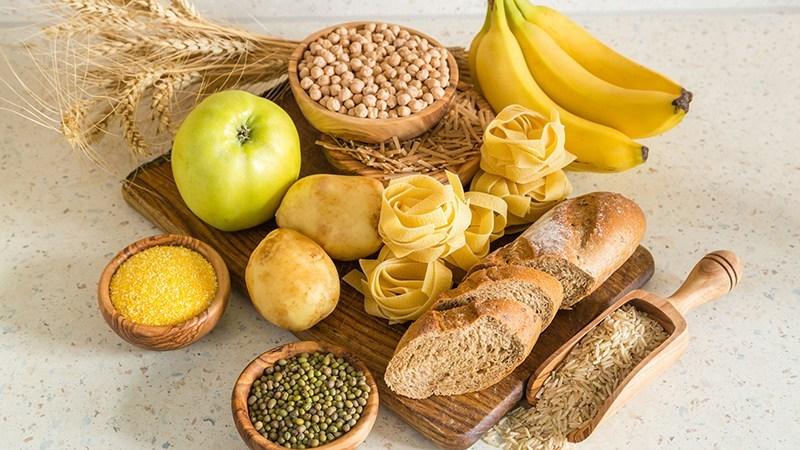چطور رژیم غذایی میتواند باعث بی خوابی شود؟