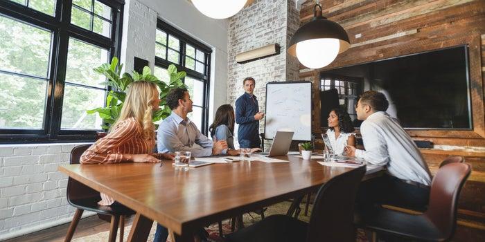 6 تکنیک روابط عمومی برای افزایش سطح فروش و رشد کسب و کار