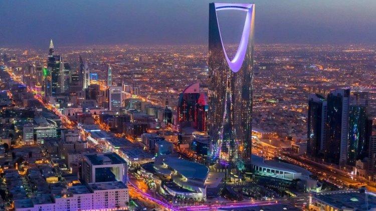 دولت عربستان به رویای 2030 خود و رهایی از وابستگی به نفت نزدیکتر شده است؟