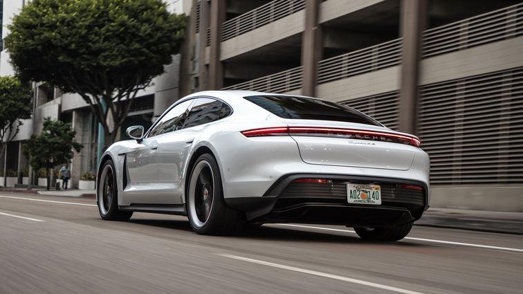 اولین تجربه رانندگی با پورشه تایکان 4S مدل 2020 چه حسی دارد؟