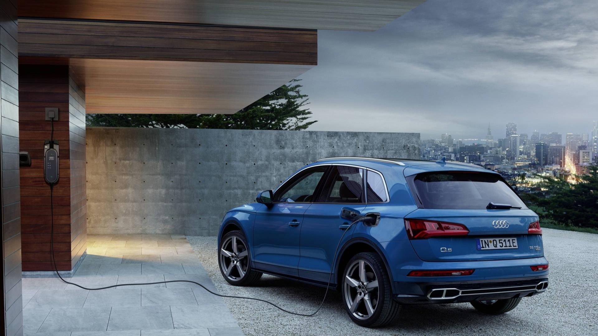 با 2020 Audi Q5 اولین خودروی کراس اوور هیبریدی پلاگین آئودی آشنا شوید 1
