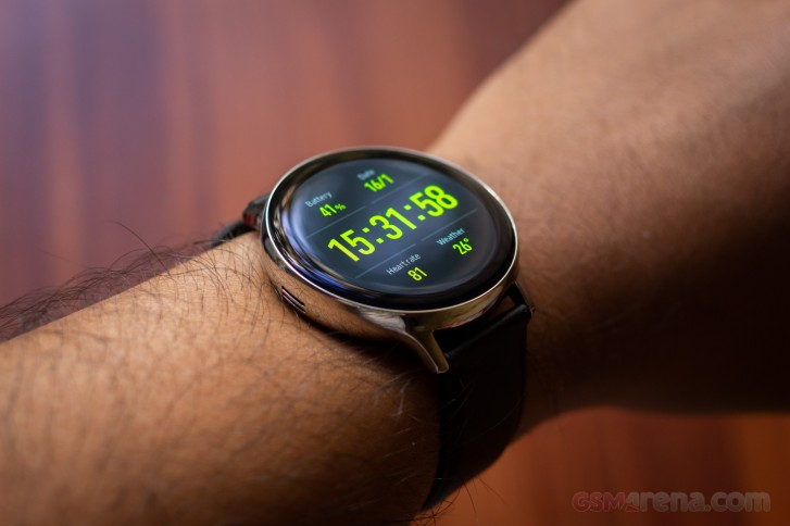 بررسی و نقد ساعت هوشمند Galaxy Watch Active2