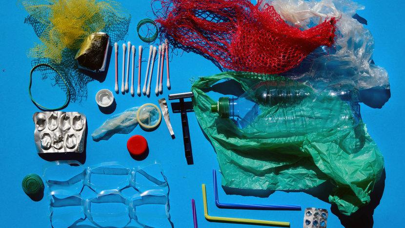 پلاستیک یک بار مصرف چیست و آیا باید استفاده از آن ممنوع شود؟