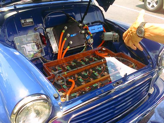 روکیدا | آیا تبدیل موتورهای قدیمی به برقی میتواند اتومبیلهای کلاسیک را نجات دهد؟ | خودرو, خودرو برقی