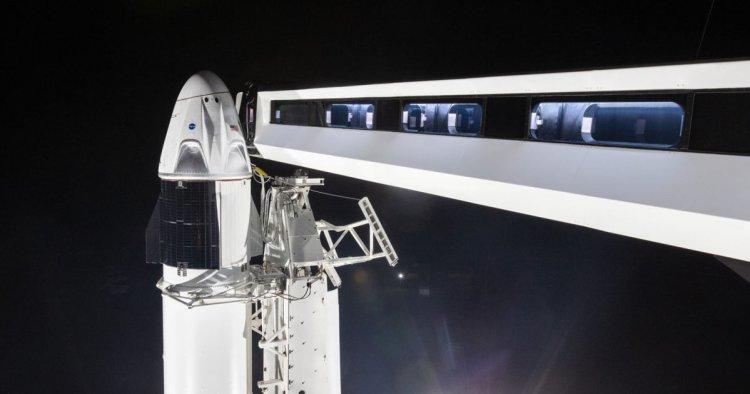 آیا اسپیس ایکس به رویای فرستادن انسانها به فضا نزدیک شده است؟