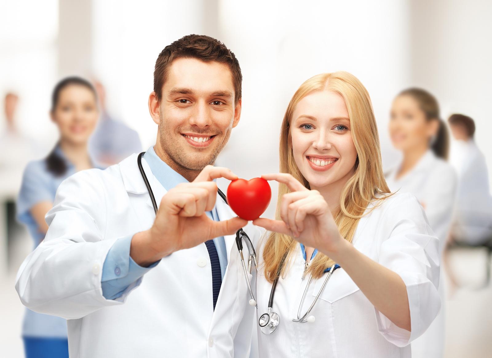 آیا محققان ژاپنی نیاز به پیوند قلب را برطرف کردند؟ 1